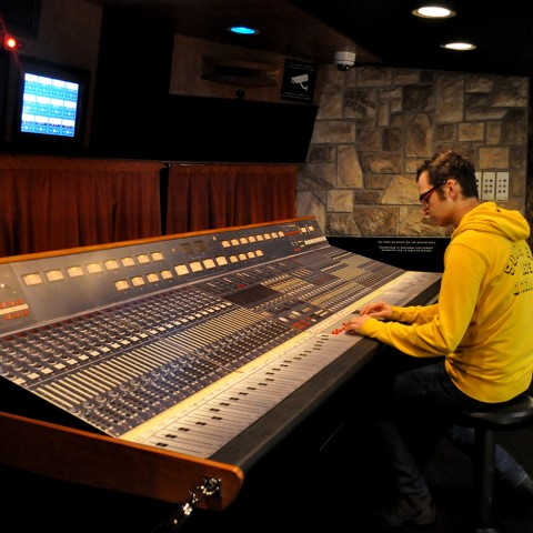 Queen - The Studio Experience - Montreux